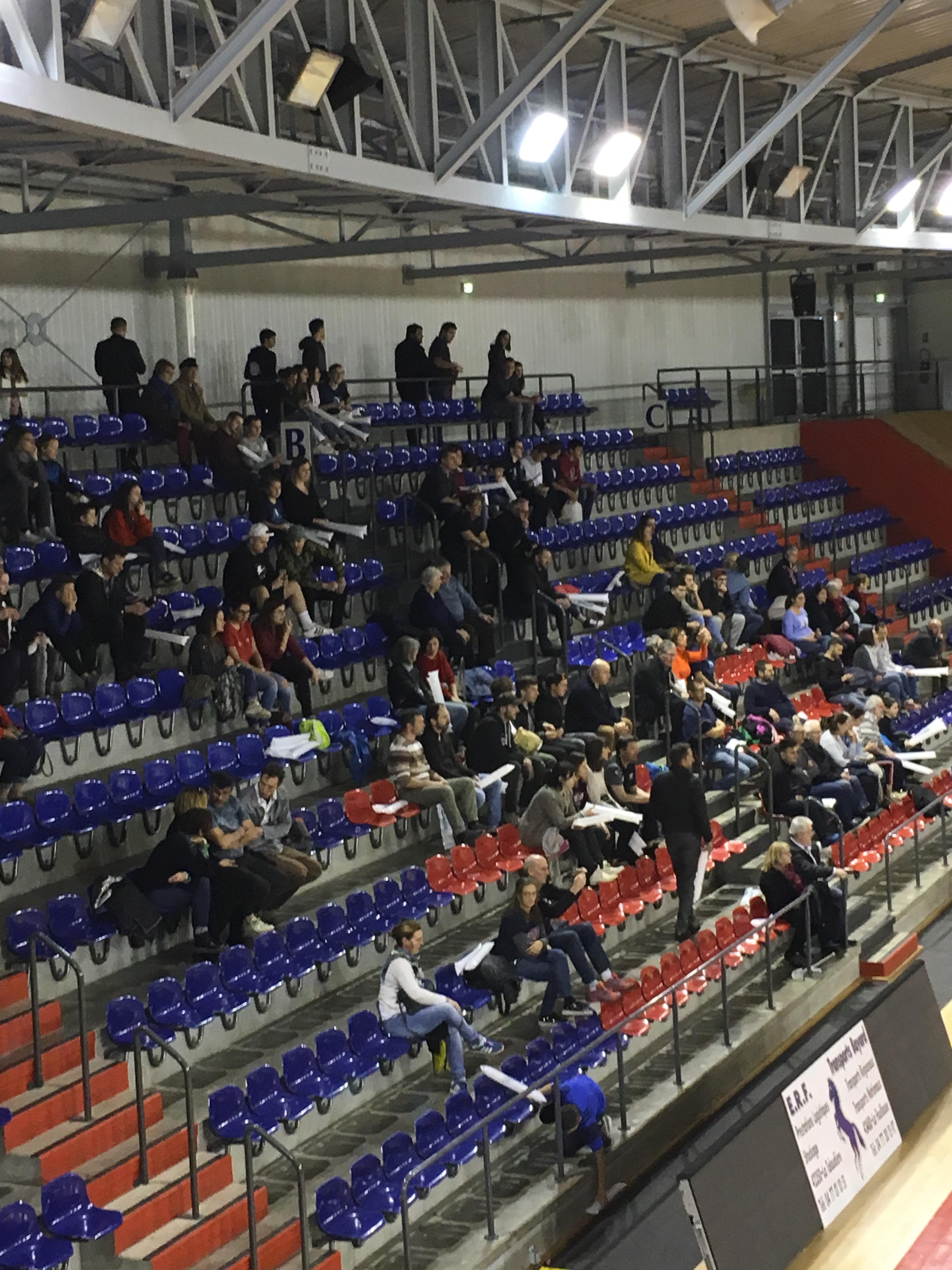 EFVB / CASE : les tribunes se remplissent