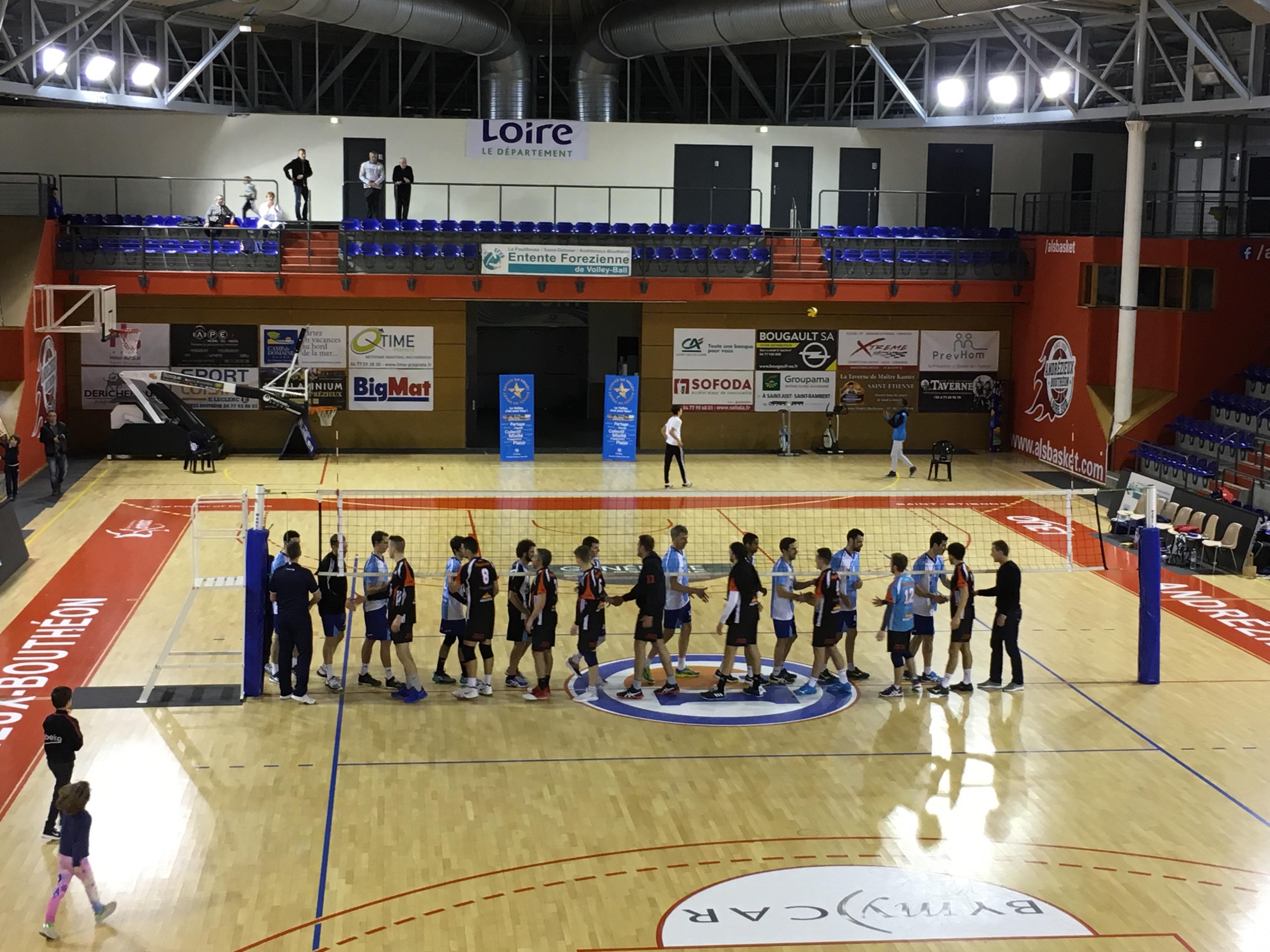 EFVB / CASE : les équipes se saluent après la rencontre