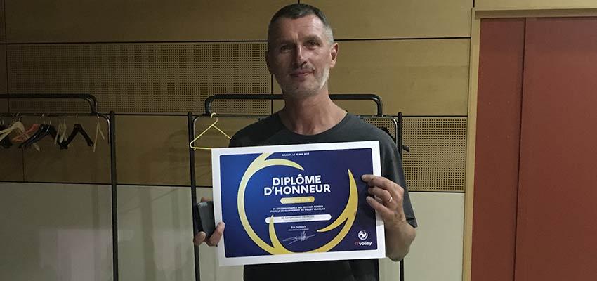 François Caporiondo diplômes d'honneur de la Fédération Française de volley-ball
